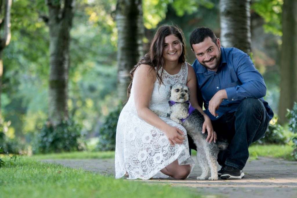 5 Ways to Include Your Dog in Your Wedding Engagement Pictures